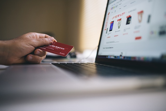 Selecting the Best Online Store – A Couple of Useful Tips